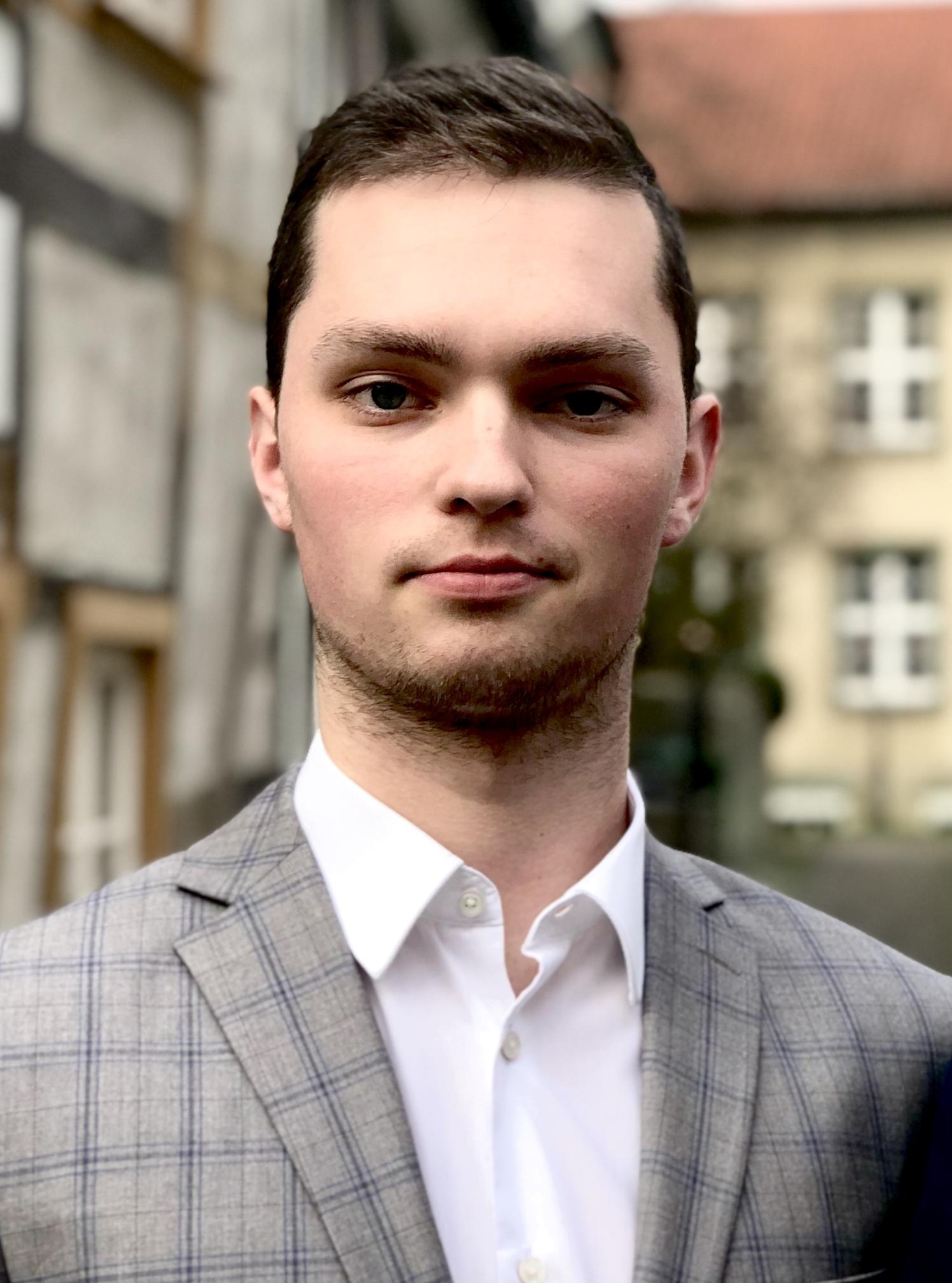 Fabian Griewel (Vorsitzender)